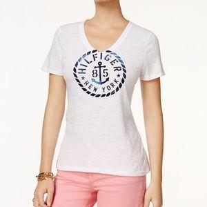 Tommy Hilfiger V-Neck anchor logo  T-Shirt EUC